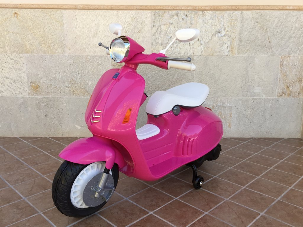 Vespa style 12v pink