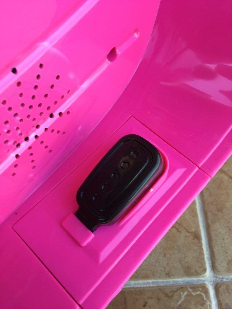 Vespa style 12v pink pedal